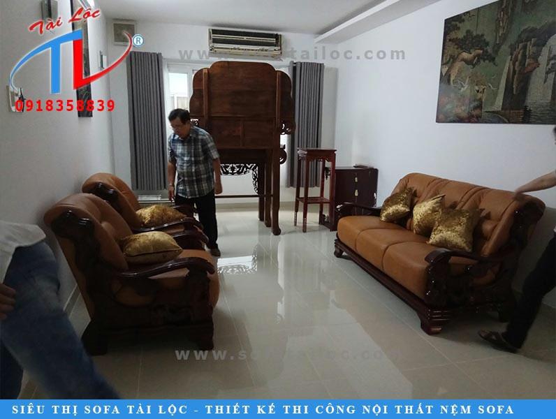 Bọc ghế sofa giá rẻ tại nhà là một trong những dịch vụ hàng đầu của Tài Lộc.