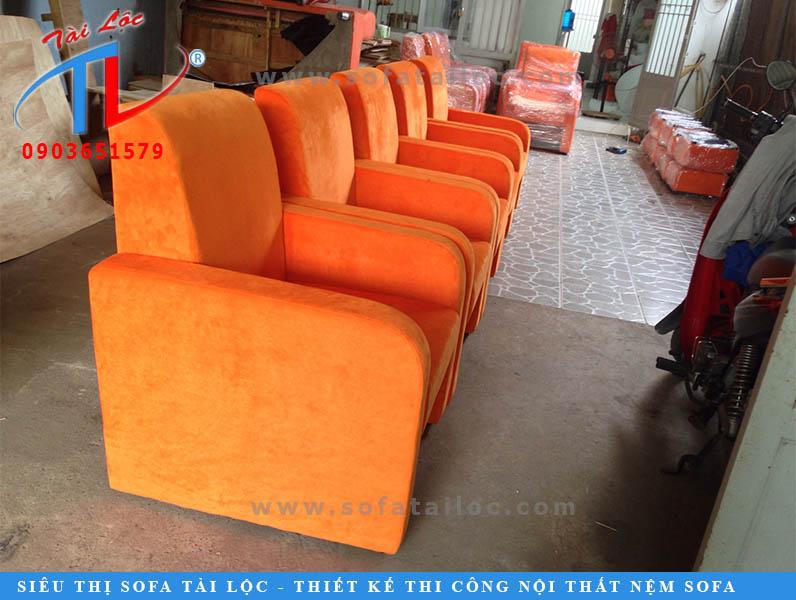 nhan-dong-ghe-sofa-go-vap-emart