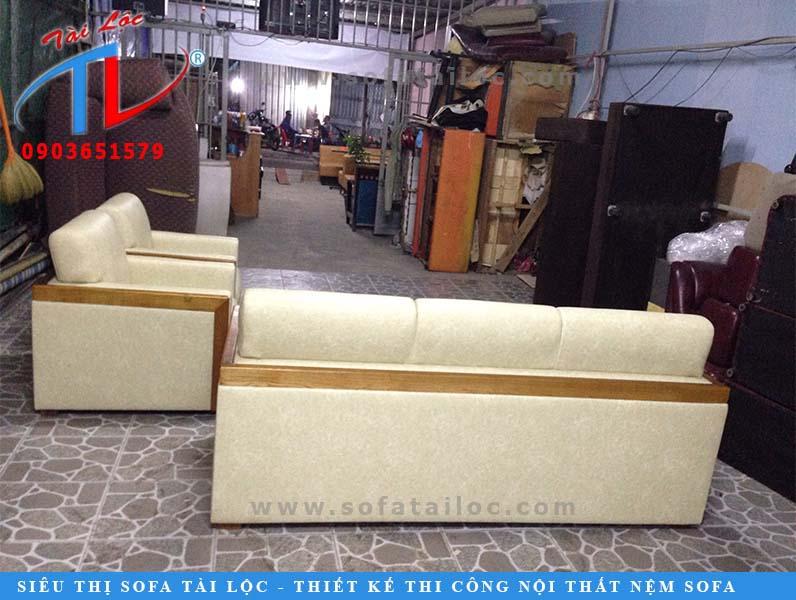 sofa-phong-khach-tron-bo-tth-sau-khi-boc