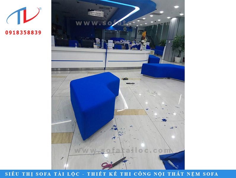 hang-thi-cong-sofa-cong-trinh-ngan-hang-viet-bank