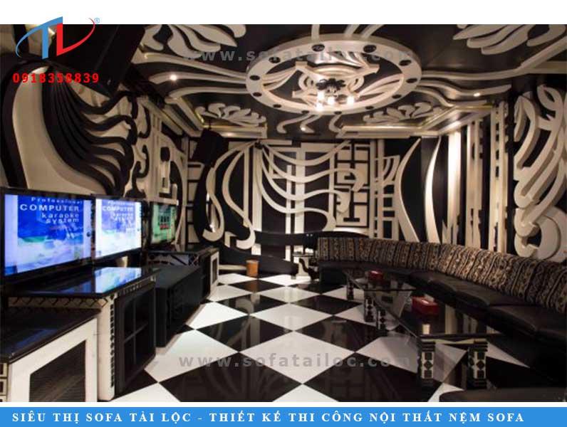Chỉ với hai tông màu trắng đen hòa quyện được bài trí tinh tế, bạn sẽ có hẳn cho mình một không gian phòng ốc quán karaoke vô cùng cuốn hút.