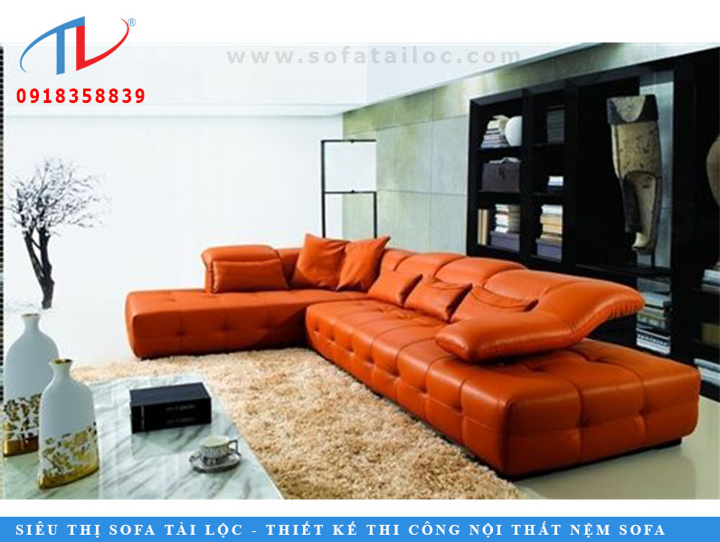 Bộ sofa bằng da màu cam này sang trọng theo mọi cách. Màu sắc tươi sáng, phần đệm tay bằng da thời trang và đệm phù hợp trông hoàn toàn tuyệt vời. Đây là chiếc ghế sofa hình chữ L, nó sẽ mang lại sự sống cho thiết kế nội thất trong phòng khách của bạn.