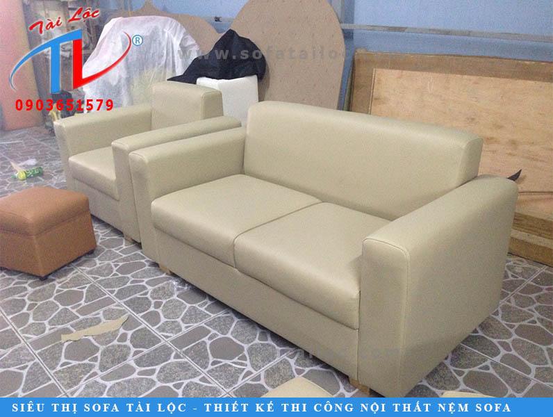 nhan-dong-ban-ghe-sofa-theo-yeu-cau