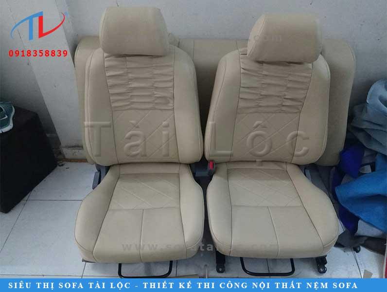 Bọc da ghế xe ô tô bền đẹp, giá cả hợp lý tại TPHCM thì Tài Lộc là đơn vị hàng đầu.