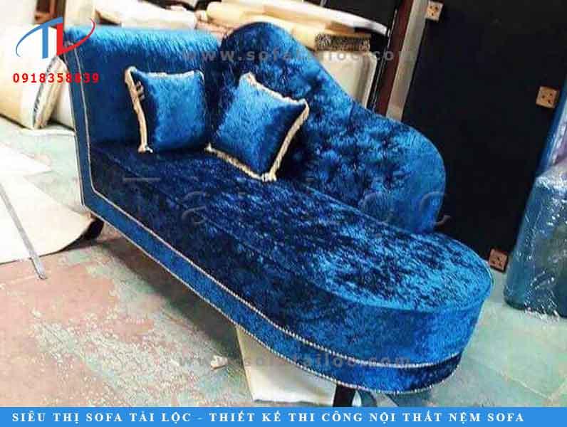 mau-sofa-vang-co-dien-1506