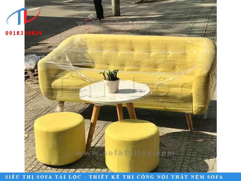 sofa-go-phong-khach-gia-re-tai-ha-noi