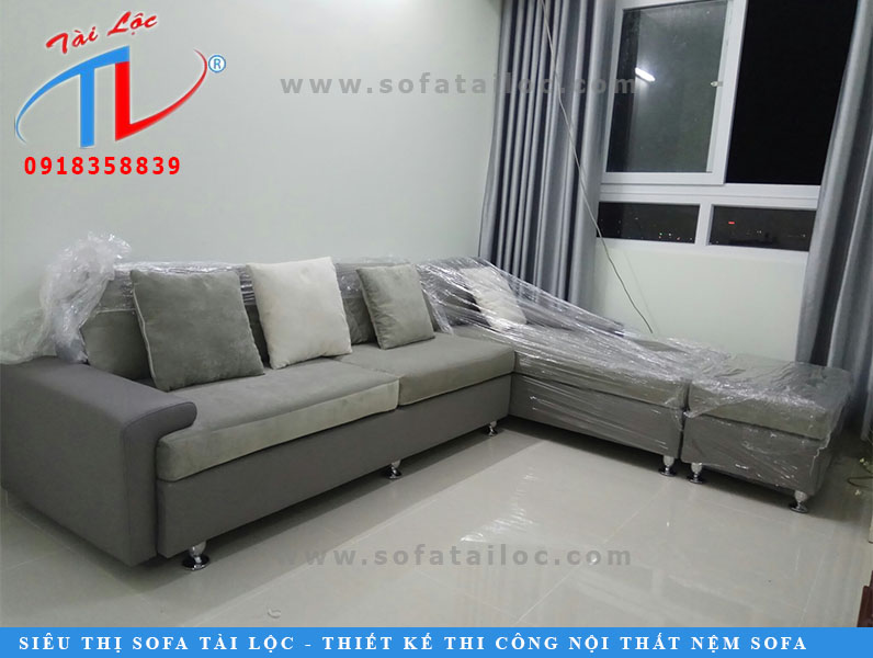 giao-ghe-nem-sofa-a-dien-quan-8