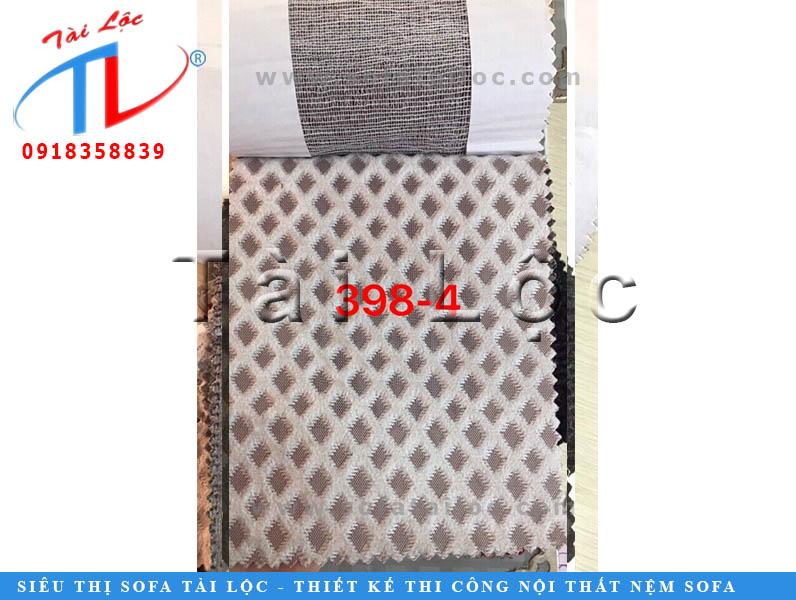 Vải kẻ sọc theo hơi hướng hình thoi đem lại vẻ tinh tế cho không gian. Màu sắc thanh lịch nên có thể sử dụng làm ghế sofa, gối ôm, màn cửa cho nhiều không gian.
