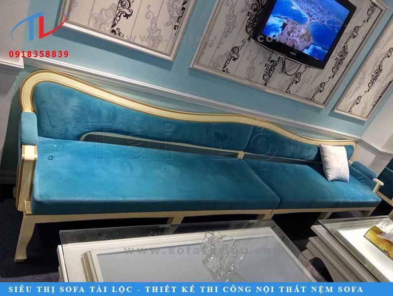 Tài Lộc là xưởng đóng bàn ghế sofa TPHCM uy tín được nhiều khách hàng tin tưởng.
