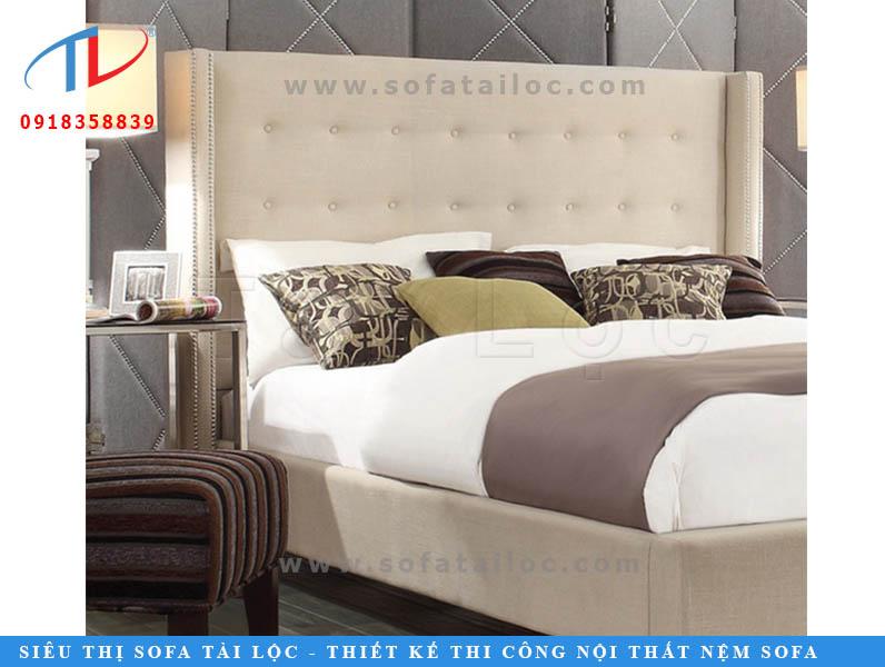 Bọc lại giường đầu nệm giúp thay mới và giữ vệ sinh cho người sử dụng.