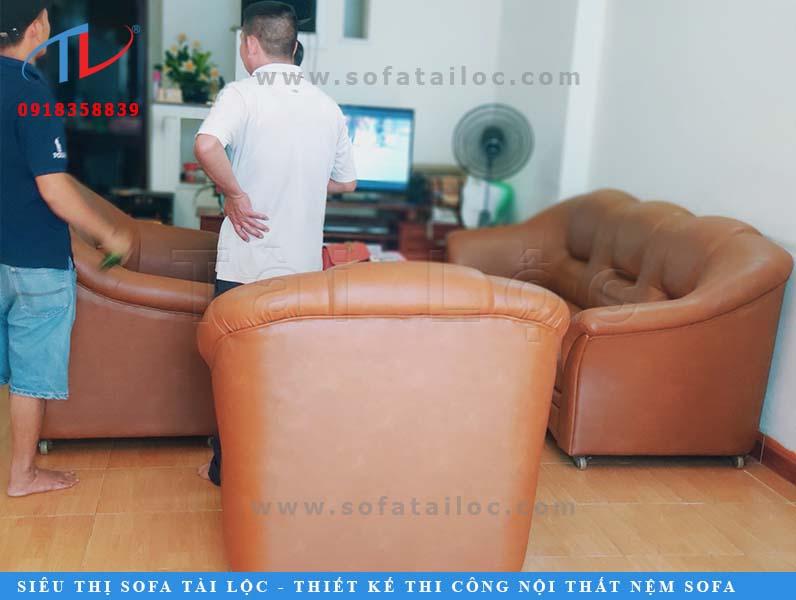 Không chỉ là địa chỉ sản xuất uy tín, Tài Lộc còn là nơi bọc ghế sofa tại nhà giá rẻ tại xưởng chất lượng rất được lòng khách hàng.