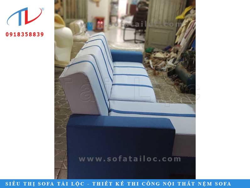 Một bộ ghế được hoàn thành tại xưởng bọc ghế sofa uy tín phải đảm bảo được đầy đủ về các yếu tố thẩm mỹ và chất lượng đúng như khi tư vấn với khách hàng.