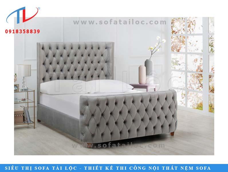Mẫu sofa giường bọc nệm cao cấp với gam màu xám đem lại nét đẹp hiện đại cho không gian.