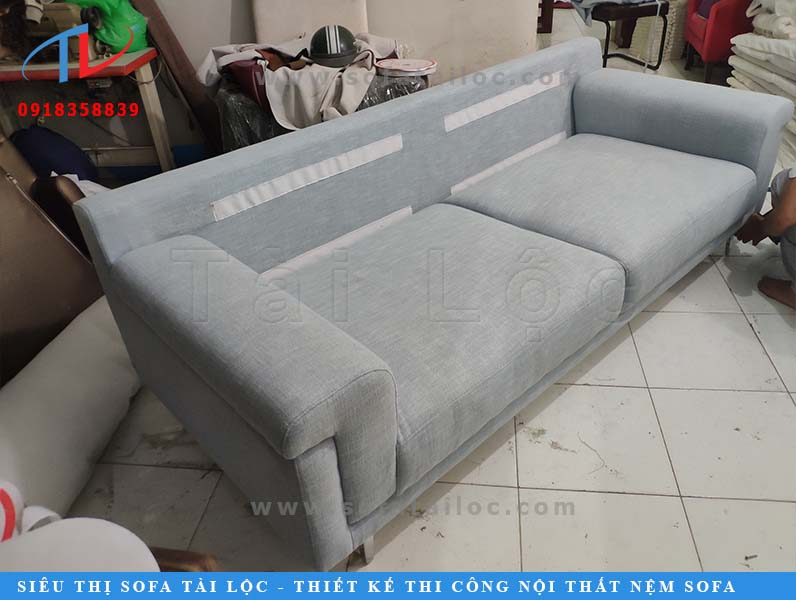 dong-ghe-sofa-can-ho-chi-quyen