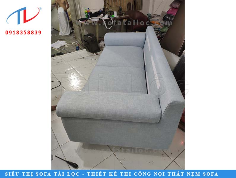 dong-ghe-sofa-phong-khach-can-ho-gateway-quan-2