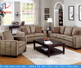 Tại những nơi phòng khách rộng, các mẫu ghế sofa phòng khách cao cấp sẽ thêm phần sang chảnh, gần gũi nếu lựa chọn các tông màu gỗ, màu xám khói hiện đại.