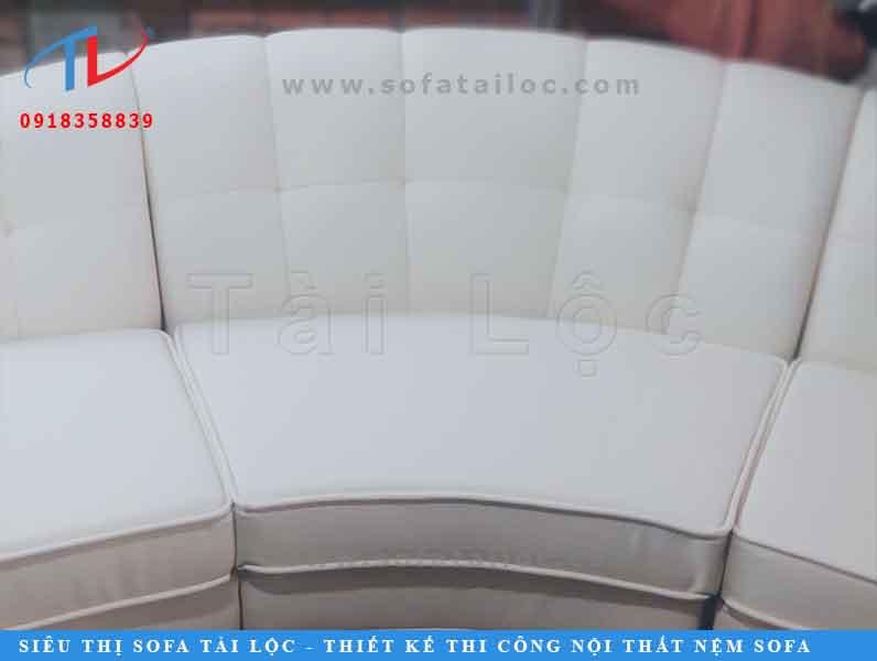 sofa-dai-3m45-dong-moi-theo-yeu-cau-cu-chi