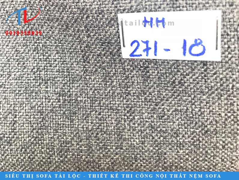 Màu xám là gam màu có nhiều nhất trong bộ sưu tập bởi sự ứng ụng cao khi chọn vải bọc nệm đầu giường.
