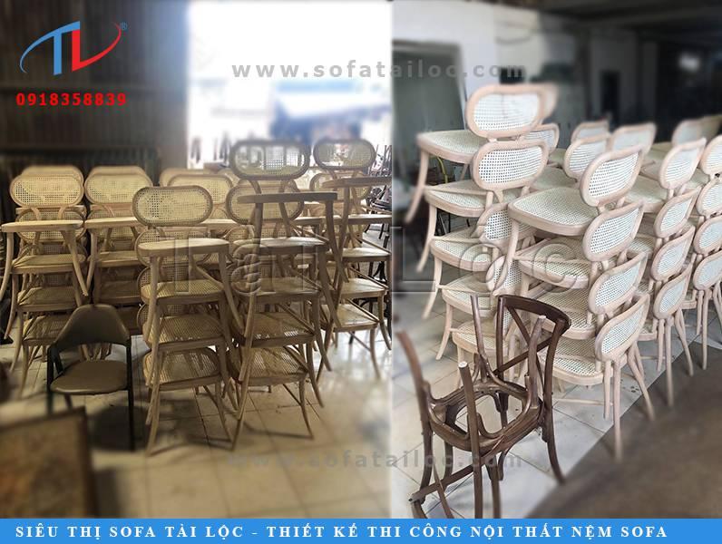 Tài Lộc là xưởng sản xuất bàn ghế cafe nhà hàng với nhiều mẫu mã cùng chất liệu đa dạng được đông đảo khách hàng yêu thích.