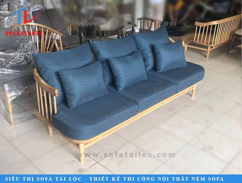 Tài Lộc có liên kết với rất nhiều xưởng đóng bàn ghế sofa gỗ đẹp chất lượng ở nước ngoài.