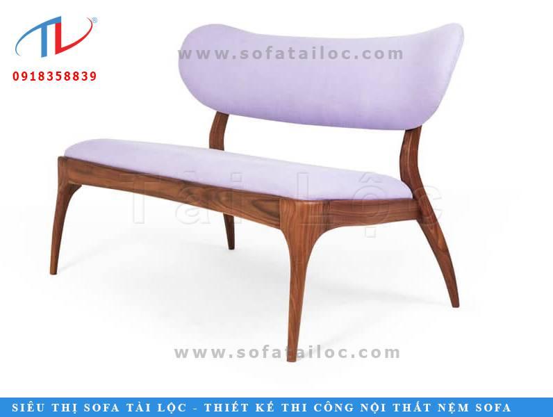 Tài Lộc có xưởng đóng bàn ghế sofa gỗ có thể làm theo mẫu mã khách hàng yêu cầu.