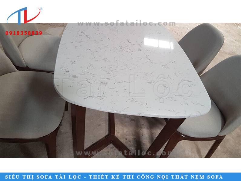 Ghế bàn ăn café và những mẫu bàn ghế phòng ăn quán café đẹp nhất sẽ là món đồ nội thất trang hoàng phòng ăn hay quán ăn, quán cafe của bạn thêm hiện đại và ấm cúng