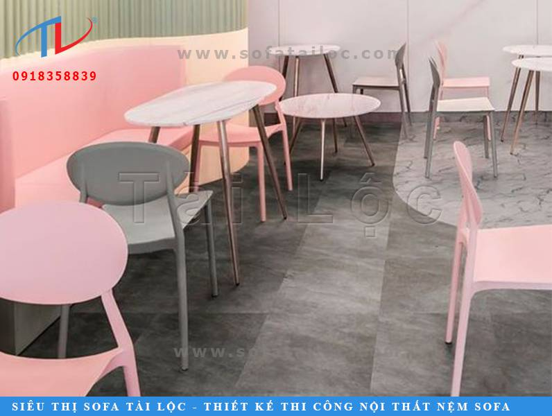 Mẫu bàn ghế cafe đẹp chiếm 70% - 90% sự quan trọng trong một bản vẽ thiết kế quán cafe đẹp.
