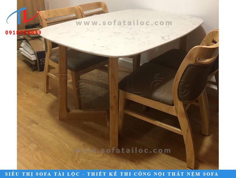 Ghế gỗ café cao cấp thích hợp cho không gian quán sang trọng, ấm cúng. Mẫu ghế cafe cao cấp này hiện đang được đặt hàng rất nhiều tại Tài Lộc.
