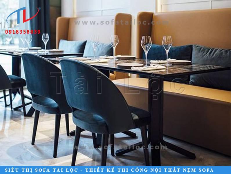 Các mẫu bàn ghế sofa cafe đẹp tphcm đề cao những đường nét đơn giản, gọn nhẹ và không quá cầu kỳ. Phần vì giá mặt bằng tại TPHCM quá cao, phần vì người kinh doanh có thế tạo được nhiều không gian chỗ ngồi và đón tiếp được nhiều khách hàng hơn.