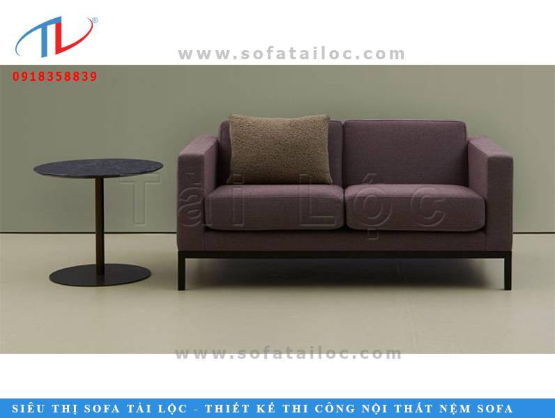 Một kiểu bàn ghế sofa đơn giá rẻ cho quán cafe khá thông dụng trên thị trường hiện nay.