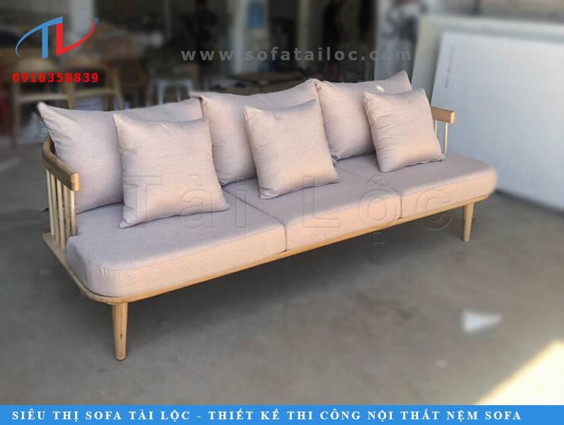 Sofa cafe gỗ hiện đại là món đồ nội thất tinh tế hiện hữu trong hầu hết các quán cafe, quán trà sữa, nhà hàng quán ăn hiện nay.