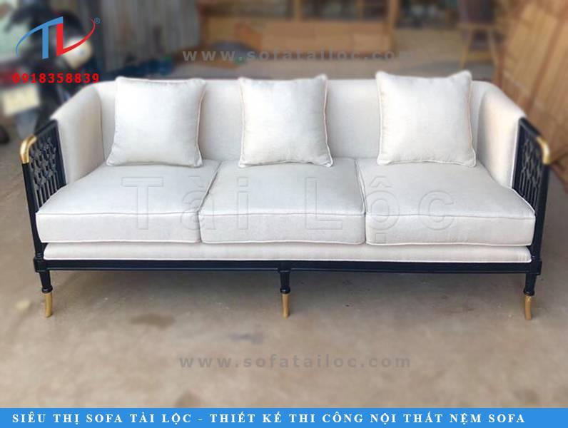 Mẫu ghế sofa quán cafe giá rẻ lần này mà Tài Lộc ra mắt lần này có đường nét vô cùng sắc xảo và quyến rũ.