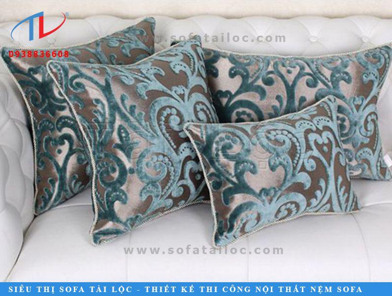 Đừng quên rằng, những chiếc gối sofa gỗ họa tiết đẹp sang trọng là cách bạn thổi luồng gió mới vào không gian của chính mình đấy nhé!