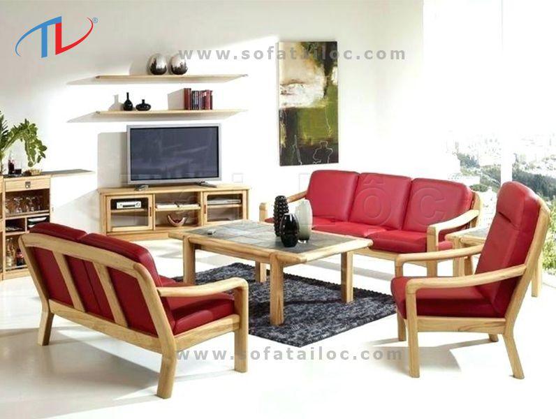 Bộ ghế sofa gỗ phòng khách bọc da đáp ứng được các tiêu chí về sự sang trọng và dễ lau chùi, vệ sinh