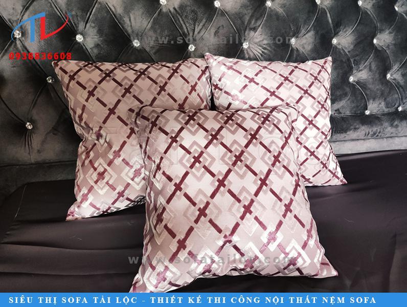 Gối gòn sofa là dòng sản phẩm bán chạy và được yêu thích nhất nội thất Tài Lộc