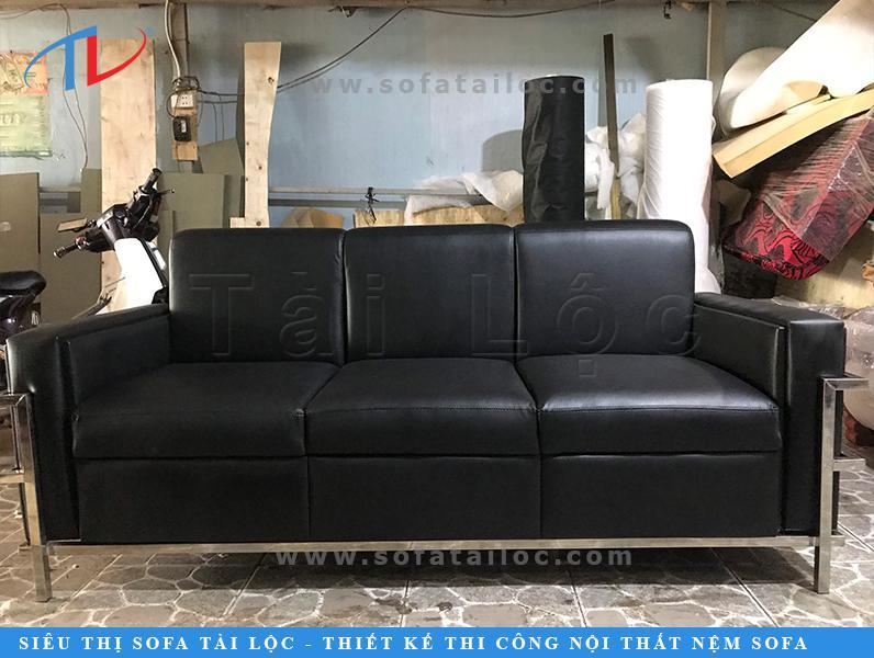 Bọc sofa simili là một trong những dịch vụ được lựa chọn nhiều nhất hiện nay tại nội thất Tài Lộc