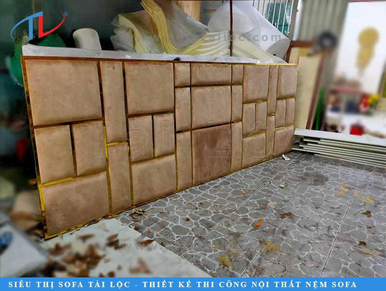 Mẫu ốp tường đẹp khung gỗ bọc nệm được Tài Lộc làm chỉn chu đến từng chi tiết để cho ra sản phẩm hoàn hảo nhất