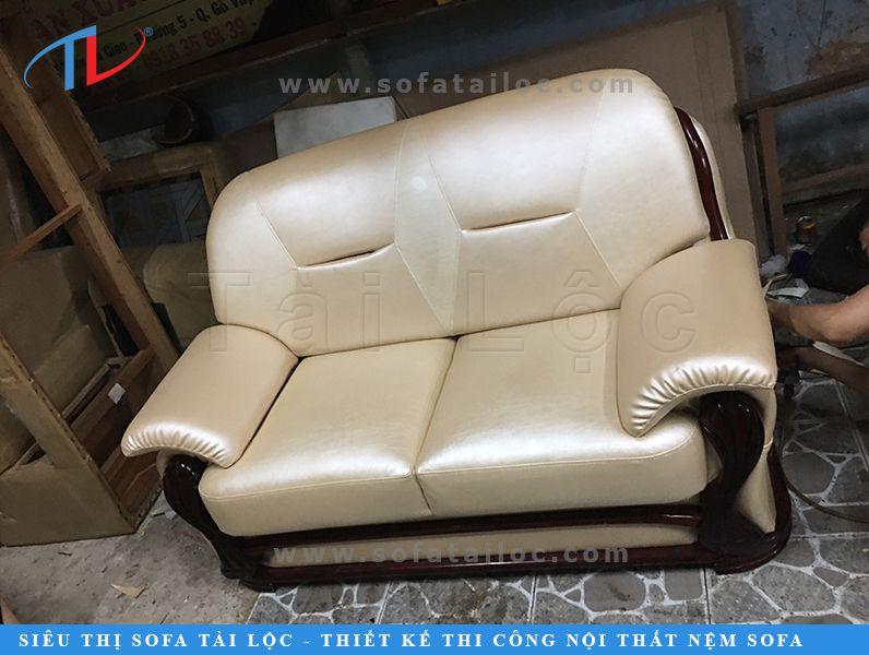 Nội thất Tài Lộc với dịch vụ bọc sofa TPHCM luôn được xếp trong top 3 công ty bọc ghế uy tín nhất thị trường. Công ty đem lại các giá trị thật nên được review cực tốt. Bạn hoàn toàn có thể coi được tại các trang fanpage chính thức và phụ của chúng tôi