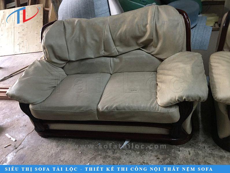 Tài Lộc là đơn vị chuyên sửa chữa may bọc ghế sofa cũ uy tín với hàng ngàn bộ sofa đã được cải tạo qua các năm