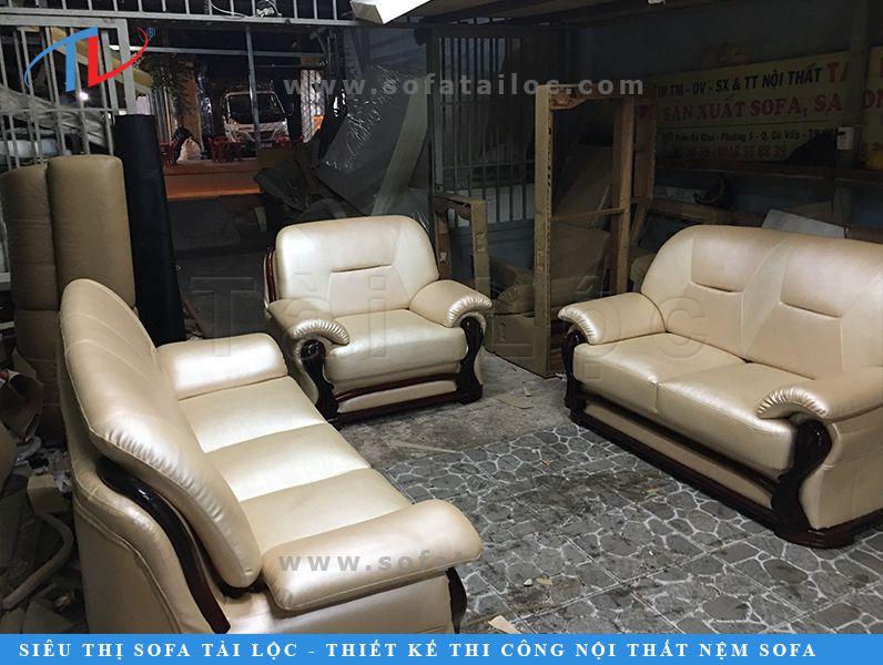 Xưởng sản xuất may bọc ghế sofa Tài Lộc tồn tại trong suốt 25 năm qua đều nhờ lời giới thiệu từ những khách hàng cũ đã và đang làm việc với công ty