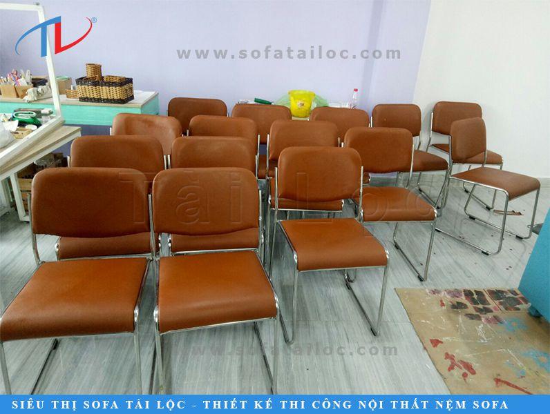 Bọc nệm ghế xếp inox ghế văn phòng