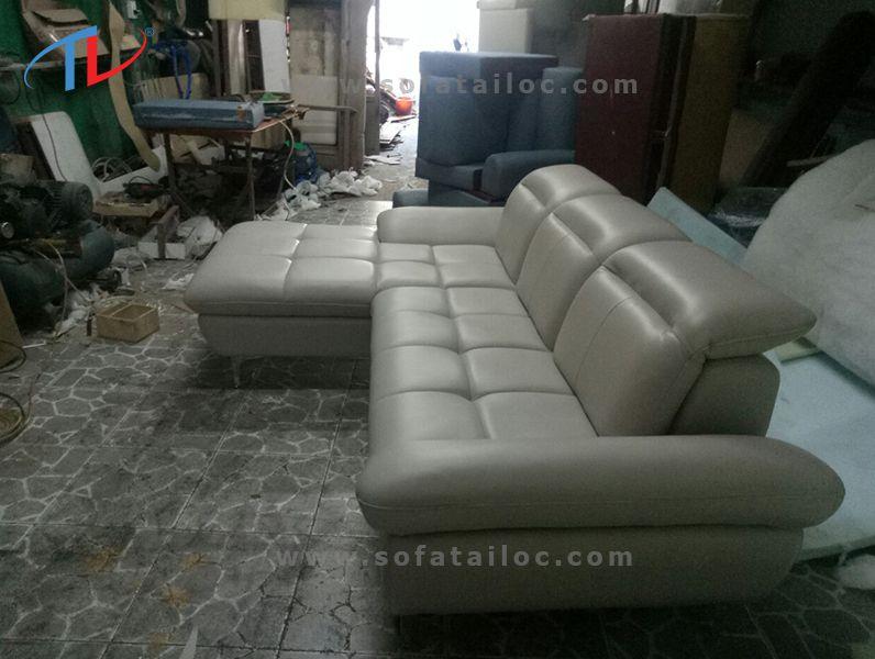 Công ty sản xuất sofa Tài Lộc được nhiều đơn vị lựa chọn đóng ghế sofa bỏ hàng cho showroom nội thất, hàng công trình, dự án và hàng xuất khẩu,...