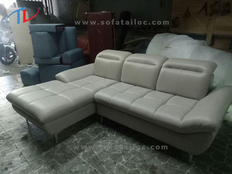 Xưởng đóng mới ghế sofa Tài Lộc chuyên đóng ghế sofa gia đình, sofa căn hộ, sofa karaoke, sofa văn phòng, sofa cafe,... và nhiều dòng sofa khác